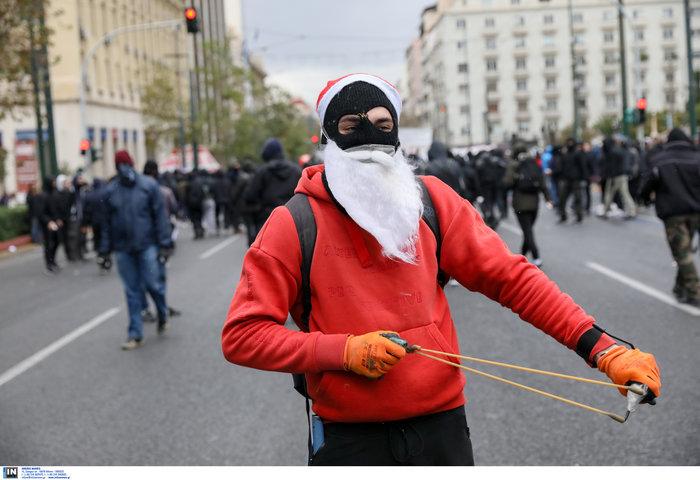 Ένταση & επεισόδια στην πορεία για την επέτειο Γρηγορόπουλου - εικόνα 7