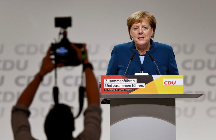 Συγκίνηση στην τελευταία ομιλία της Μέρκελ ως προέδρου του CDU - εικόνα 3