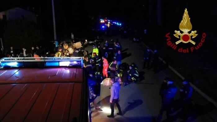 Βίντεο από τη στιγμή της τραγωδίας σε κλαμπ στην Ιταλιά