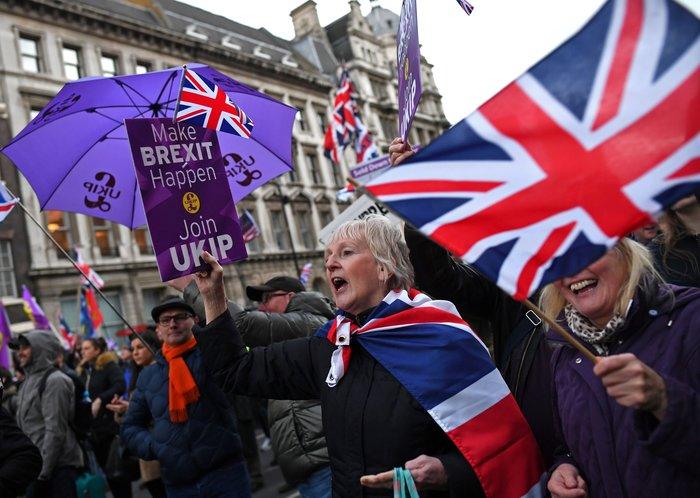 Διαδηλώσεις υπέρ και κατά του Brexit στο Λονδίνο