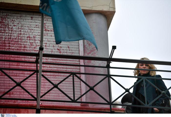 Καταδρομική επίθεση Ρουβίκωνα στο δημαρχείο Αλίμου [video- φωτό] - εικόνα 2
