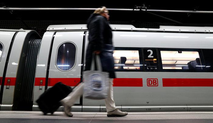 Χάος από την απεργία στους γερμανικούς σιδηροδρόμους - εικόνα 2