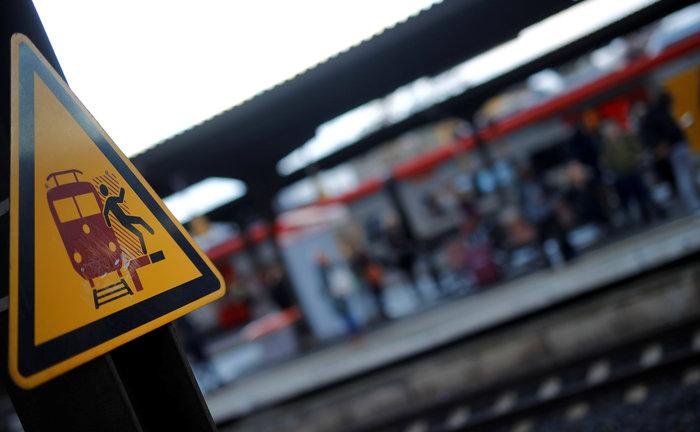 Χάος από την απεργία στους γερμανικούς σιδηροδρόμους - εικόνα 3