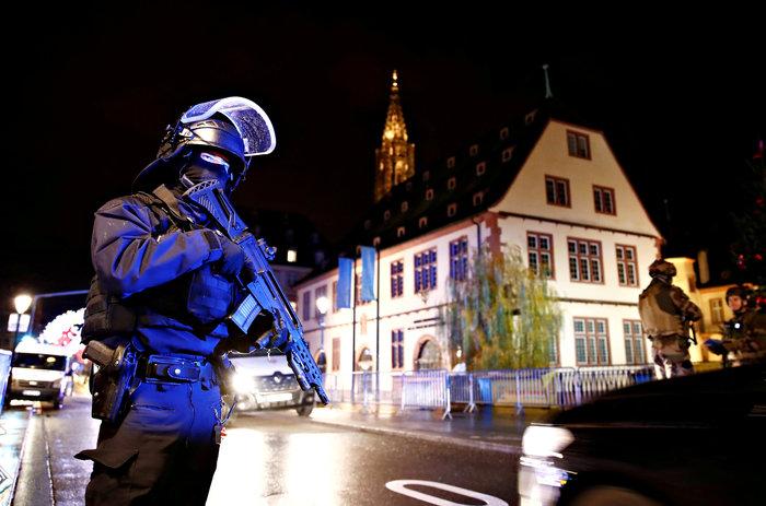 Aνθρωποκυνηγητό για τον δράστη της επίθεσης στο Στρασβούργο-3 νεκροί - εικόνα 5