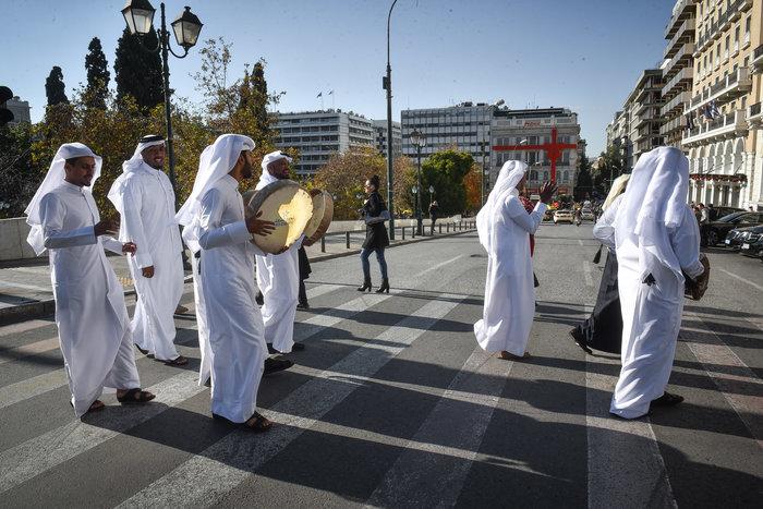 Εθνική γιορτή του Κατάρ: H τέντα της ερήμου στήθηκε στο Σύνταγμα - Εικόνες