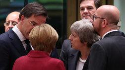 paraskinio-apo-ti-sunodo-gia-brexit-i-merkel-diekopte-ti-mei