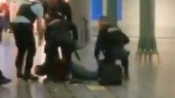 Θρίλερ με άνδρα που απειλούσε με μαχαίρι στο αεροδρόμιο του Άμστερνταμ-Vid