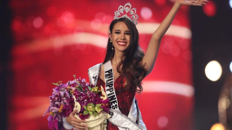 miss-universe-i-ekthambwtiki-katriona-gkrei-apo-tis-filippines