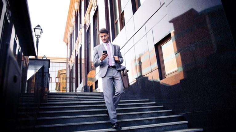 auksimenes-oi-anagkes-twn-epaggelmatiwn-gia-mobile-internet-kai-roaming