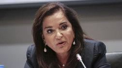 Αποστάσεις Ντόρας: Δεν συμφωνώ με τα εμπάργκο σε ΜΜΕ