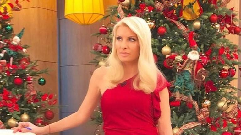 Η υπέροχη χριστουγεννιάτικη διακόσμηση του σπιτιού της
