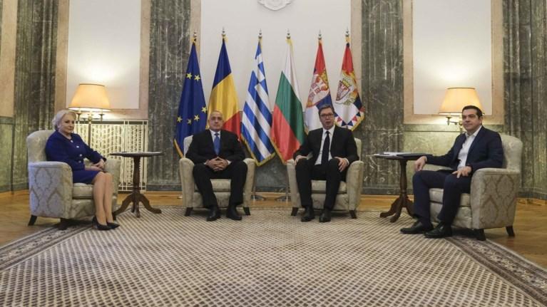 euro-2028-kai-mountial-2030-diekdikoun-ellada-serbia-roumania--boulgaria