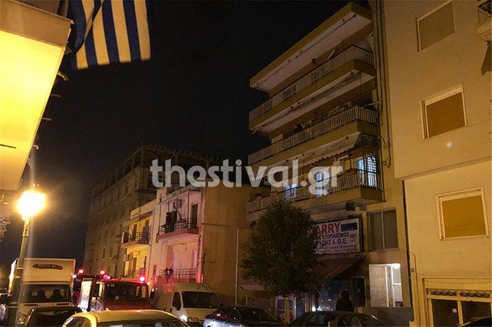 Τραγωδία στη Θεσσαλονίκη: 14χρονος έπεσε από ταράτσα - εικόνα 3