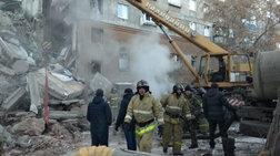 Ρωσία: Εντοπίστηκε ζωντανό μωρό 10 μηνών στα ερείπια της πολυκατοικίας