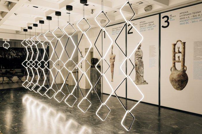 Το Μουσείο Κυκλαδικής Τέχνης γεμίζει φως από ένα έργο design