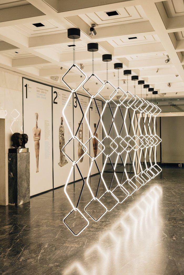 Το Μουσείο Κυκλαδικής Τέχνης γεμίζει φως από ένα έργο design - εικόνα 3