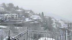 Στα λευκά η Μακεδονία, χιόνια στην Θεσσαλονίκη
