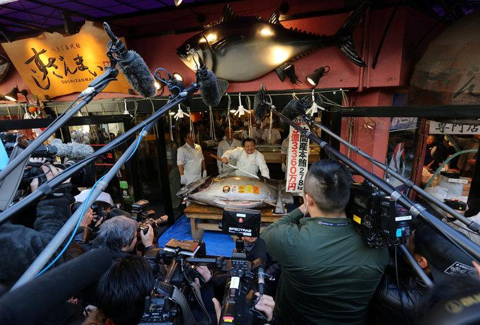 Τόνος στην Ιαπωνία πουλήθηκε 2,7 εκατ. ευρώ σε δημοπρασία [Εικόνες] - εικόνα 4