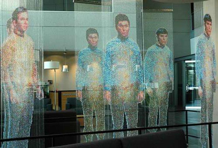 Εντάξει, μπορεί στην καμπίνα να μην εμφανιστούν οι πρωταγωνιστές του Star Trek, αλλά οι γνωστοί σας για να σας κάνουν παρέα ή ένας επαγγελματίας για να σας βοηθήσει