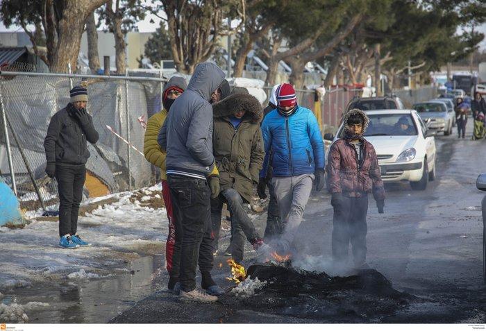 Διαβατά: Επεισόδια μεταξύ οδηγών και προσφύγων-Δύο τραυματίες - εικόνα 2