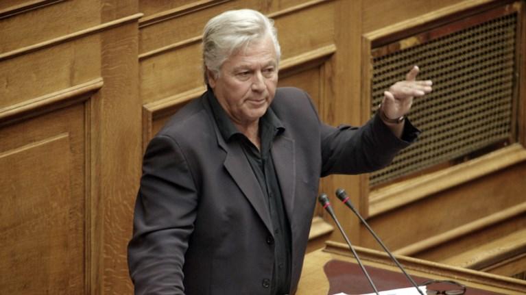 papaxristopoulos-tha-kratisw-tin-edra-mono-an-me-diagrapsoun