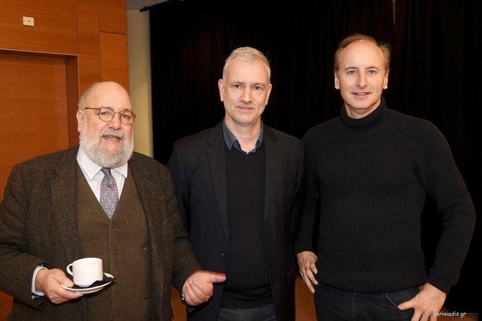 (Από αριστερά) Νίκος Θεοχαράκης, πρόεδρος του ΜΜΑ, Στέφανος Τσιαλής, καλλιτεχνικός διευθυντής της Κρατικής Ορχήστρας Αθηνών, Μίλτος Λογιάδης, καλλιτεχνικός διευθυντής Μεγάρου