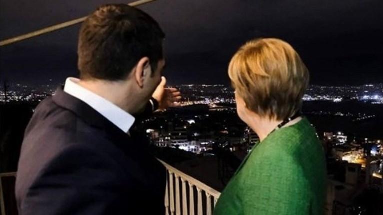 romantiki-fwtografia-merkel---tsipra-ston-peiraia---to-menou-sto-deipno
