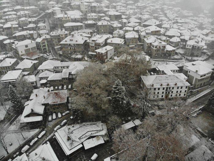 Οταν σε καλωσορίζει το χιονισμένο Μέτσοβο απλά μένεις άφωνος