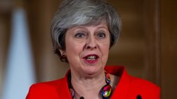 Μέι: Πιο πιθανό να μείνουμε στην ΕΕ, παρά Brexit χωρίς συμφωνία