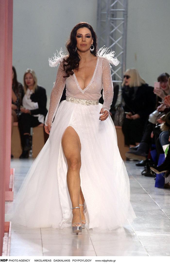 Ναταλία Δραγούμη: Αποκαλυπτική νύφη 18 χρόνια μετά τον γάμο της [Εικόνες] - εικόνα 2