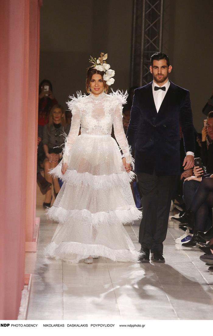 Αγνώριστη η Όλγα Φαρμάκη στο Bridal Fashion Week [Εικόνες] - εικόνα 2
