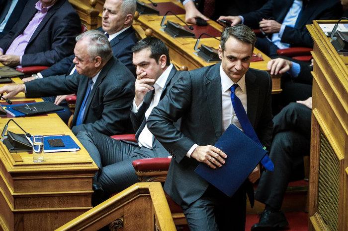 Αγρια κόντρα στη Βουλή για ψήφο εμπιστοσύνης, Αποστολάκη και Πρέσπες - εικόνα 5