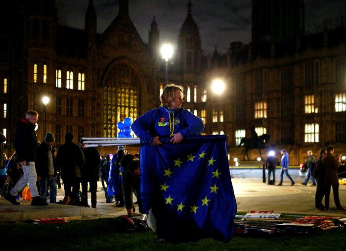 Ψήφος εμπιστοσύνης στη Μέι και σχέδιο αναβολής του Brexit - εικόνα 2