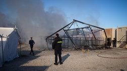 Φωτιά σε μεγάλη σκηνή στο Κέντρο Yποδοχής και Ταυτοποίησης της Μόριας