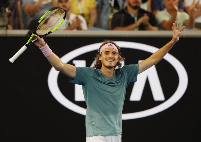 Aσταμάτητος ο Τσιτσιπάς, προκρίθηκε στους «16» του Australian Open - Βίντεο - εικόνα 3