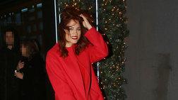 Μαίρη Συνατσάκη:Με total red look σε νέα έξοδο εν μέσω φημών για το Madwalk