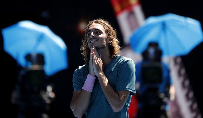 Θρίαμβος Τσιτσιπά! Πέρασε στον ημιτελικό του Australian Open (βίντεο)