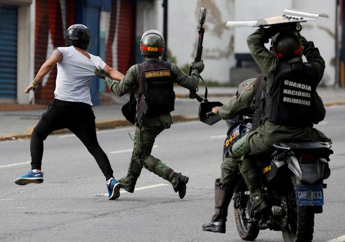 Oι ΗΠΑ απομακρύνουν τους αμερικανούς διπλωμάτες από τη Βενεζουέλα - εικόνα 3