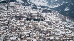 Το χιονισμένο Μέτσοβο από ψηλά