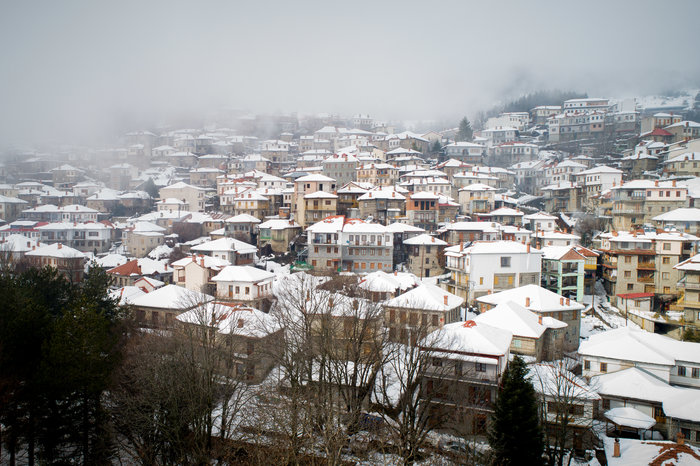 Το χιονισμένο Μέτσοβο από ψηλά - εικόνα 2