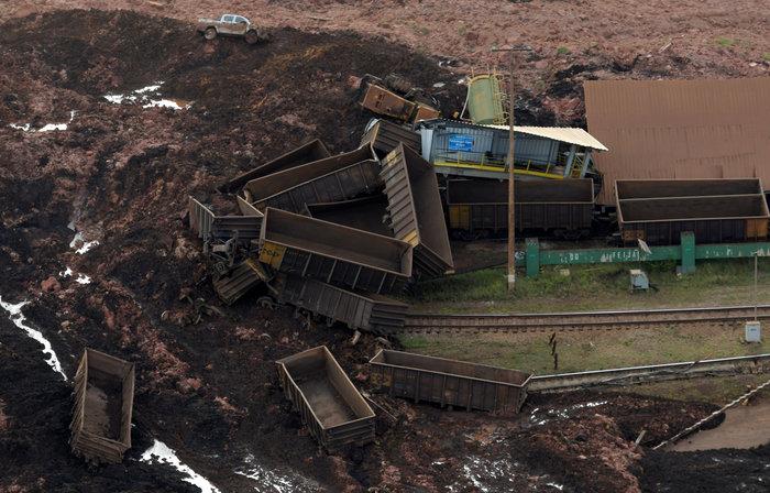 Tραγωδία στη Βραζιλία:150 αγνοούμενοι από κατάρρευση φράγματος [Εικόνες] - εικόνα 2