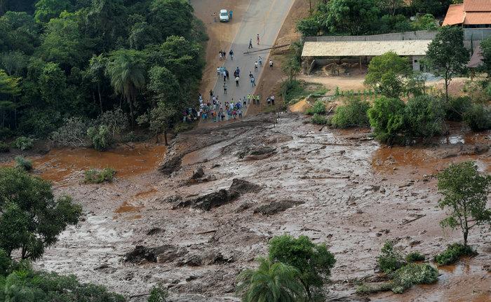 Tραγωδία στη Βραζιλία:150 αγνοούμενοι από κατάρρευση φράγματος [Εικόνες] - εικόνα 3