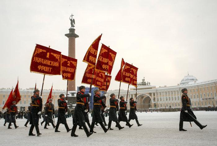 75 χρόνια από το τέλος της πολιορκίας του Λένινγκραντ- Η μεγάλη παρέλαση - εικόνα 3