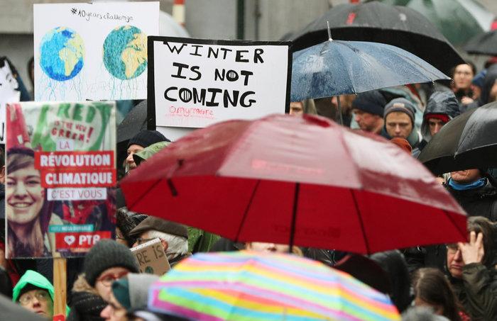 Χιλιάδες Βέλγοι στους δρόμους για την κλιματική αλλαγή [Εικόνες] - εικόνα 4
