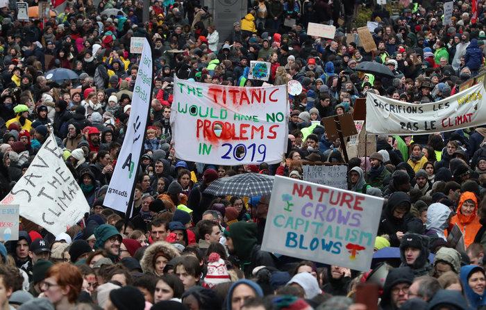 Χιλιάδες Βέλγοι στους δρόμους για την κλιματική αλλαγή [Εικόνες] - εικόνα 7