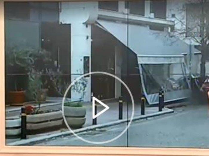 Λουκέτο στο σαντουϊτσάδικο του Πέτρου Κωστόπουλου; Εικόνες εγκατάλειψης - εικόνα 7