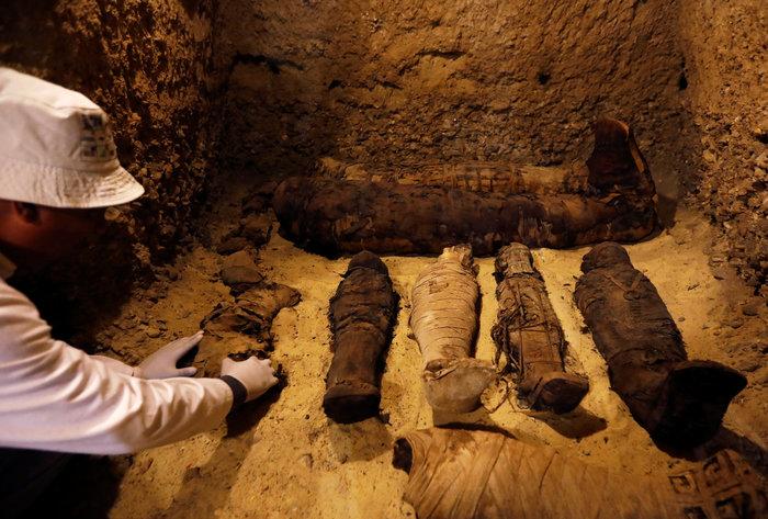 Μούμιες άνω των 2.000 ετών ανακαλύφθηκαν στην Αίγυπτο [φωτό] - εικόνα 4