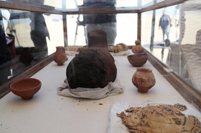 Μούμιες άνω των 2.000 ετών ανακαλύφθηκαν στην Αίγυπτο [φωτό] - εικόνα 6