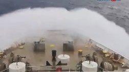 Η μάχη του ΑΣΤΕΡΙΩΝ ΙΙ με τα κύματα στην Αδριατική (βίντεο)