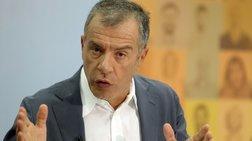 Θεοδωράκης: Διπλή ανηθικότητα η λευκή επιταγή των 6 βουλευτών
